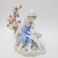 Фигурки, статуэтки
