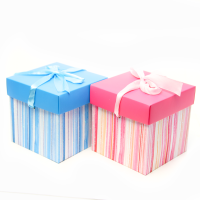 Подарочные коробки картон