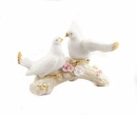 Лебеди, голуби
