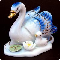 15021 Фигурка Лебедь фарфор 7см