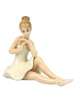К5826 Балерина фарфор 12,5*10*6,5 см