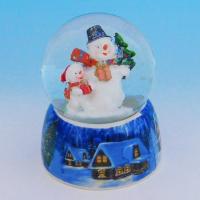 HY-15733  Стеклянный шар со снеговиками, на фарфоровой подставке D=6,5см, H=9см