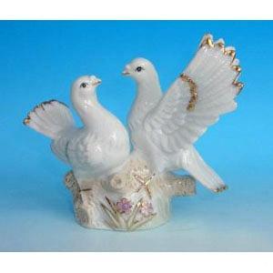 HEN 26656 пара голубей 15,5см
