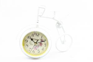 К8916 Часы-будильник