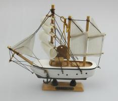 G 60443 Корабль дкоративный 16 см