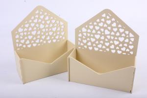 ПУ304-02-2929 Подарочная упаковка-конверт с сердечками (18*6,6*20,5) МДФ 3мм, окрашен., Св.желтый